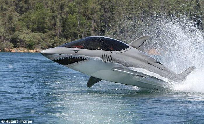Мини субмарина в виде акулы (4 фото+видео)