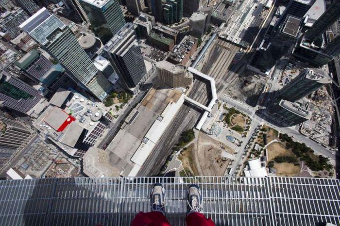 Аттракцион EdgeWalk в Торонто (13 фото + видео)
