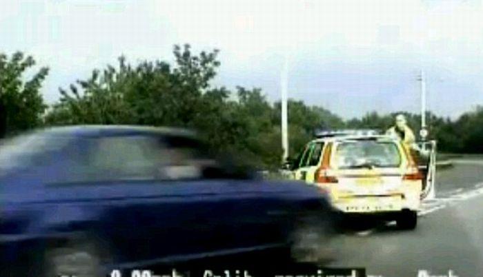 Железный полицейский (7 фото + видео)