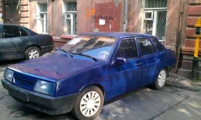 Бюджетная покраска машины из баллончика (5 фото)