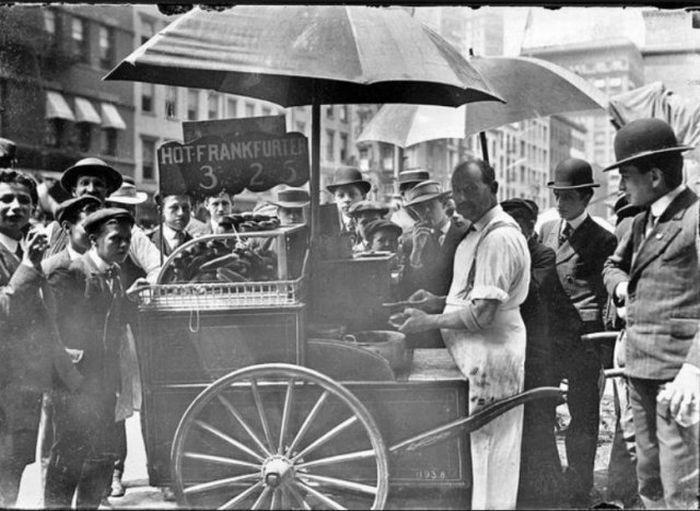 История нью-йоркских хот-догов (23 фото)