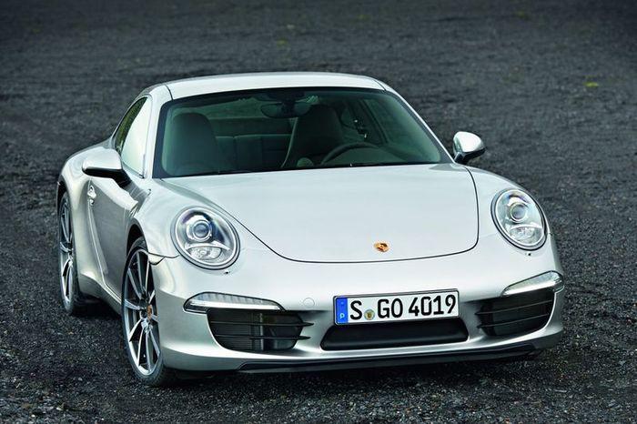 Первые фото нового Porsche 991 Carrera (7 фото)