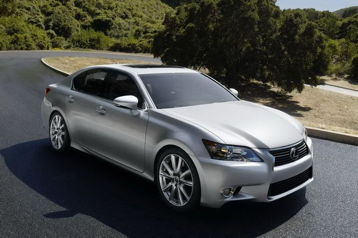 Официальные фотографии нового Lexus GS (50 фото+видео)