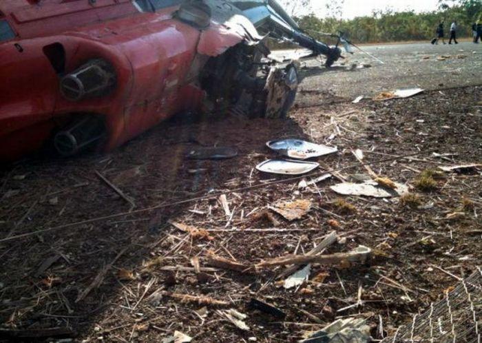 Глупейшая авария (5 фото)