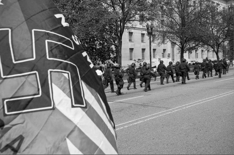 nazi07 Неонацизм в США