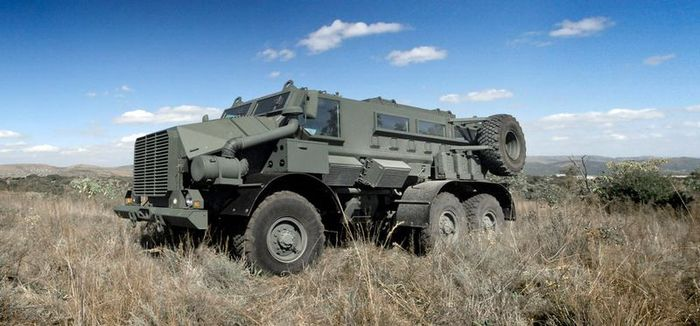 Новый военный грузовик Casspir Mk6 от BAE Systems (6 фото)