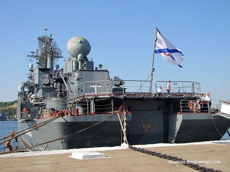 Гвардейский ракетный крейсер Москва (27 фотографий), photo:2