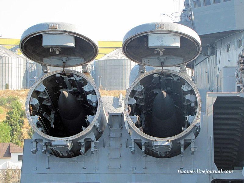 Гвардейский ракетный крейсер Москва (27 фотографий), photo:11