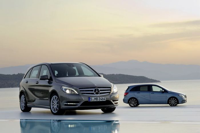 Новый Mercedes-Benz B-Class официальные фото (52 фото)