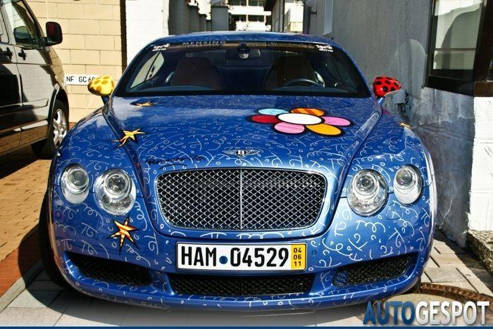 Веселенькая расцветочка Bentley Continental GT (5 фото)