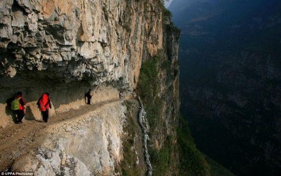 Опасный путь скачать торрент