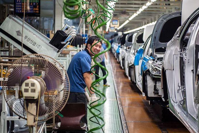 Автомобильный завод в Корее (35 фото)