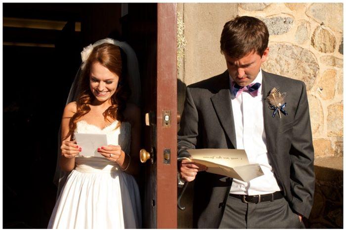Любовное письмо в день свадьбы и реакция молодоженов (3 фото)