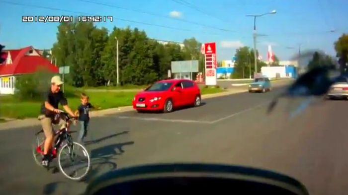 Авария дня часть 674 (фото+видео)