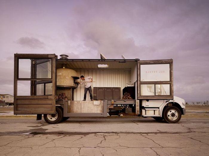 В Сан-Франциско построили пицца-мобиль (8 фото)
