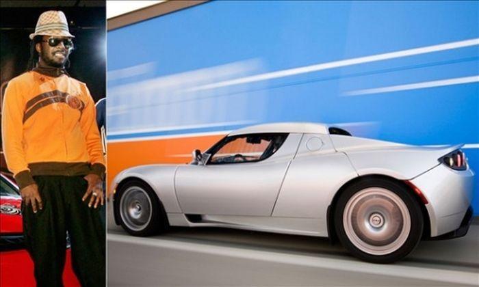 Дорогие автомобили знаменитостей (22 фото)