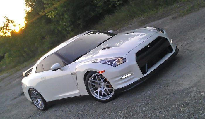 Nissan GT-R получил прибавку мощности от Switzer Performance (4 фото)