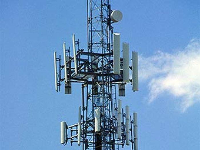 Вышки сотовой связи в разных странах (22 фото)