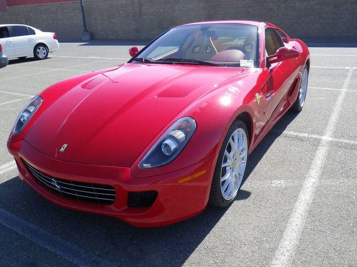Если бы у Рональда Макдональда была Ferrari 599 GTB (6 фото)