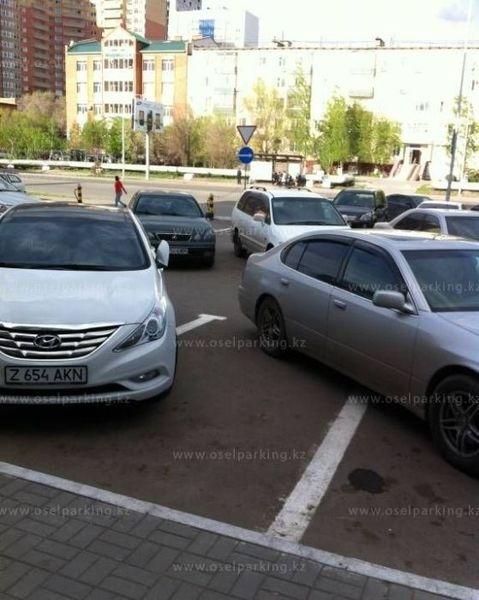 Мастера парковки из Казахстана (40 фото)