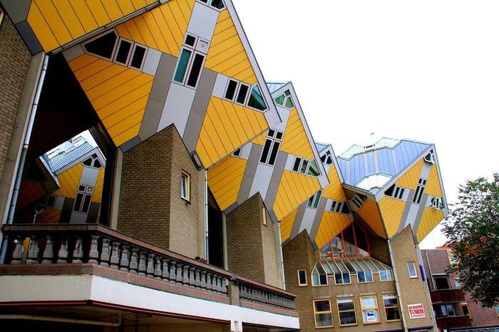 Кубические дома Пита Блома (13 фото)