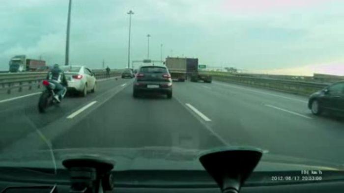 Авария дня часть 693 (фото+видео)