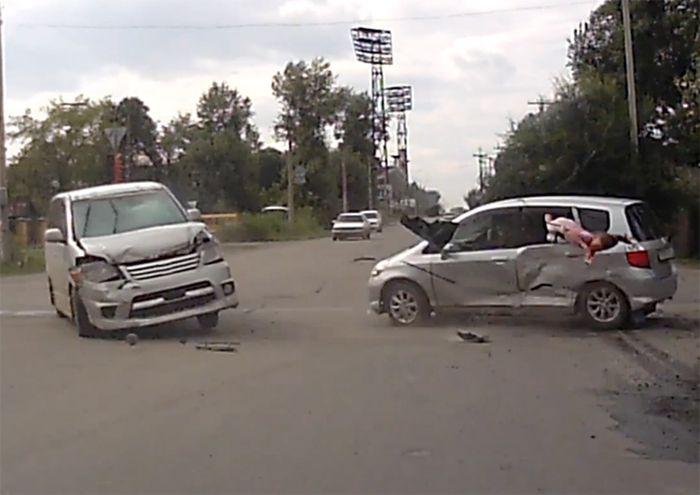 Авария дня часть 694 (фото+видео)