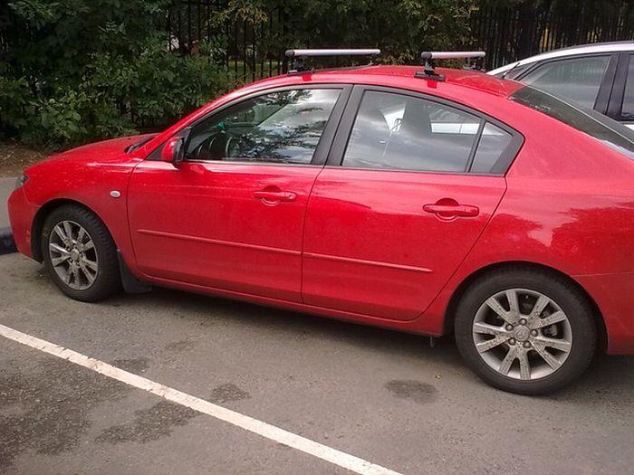 Московский Mazda-гламур (2 фото)