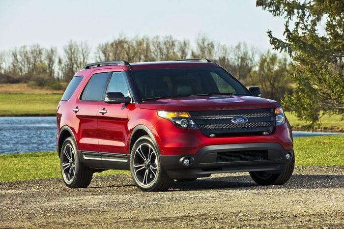 Новый Ford Explorer Sport потребляет 10,7 л/100 км (40 фото+видео)