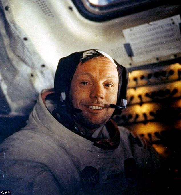 Пионер космоса - Нил Армстронг (18 фото)