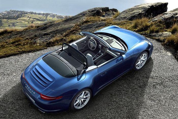 Новые Porsche Carrera и Carrera S получили полный привод (31 фото+видео)