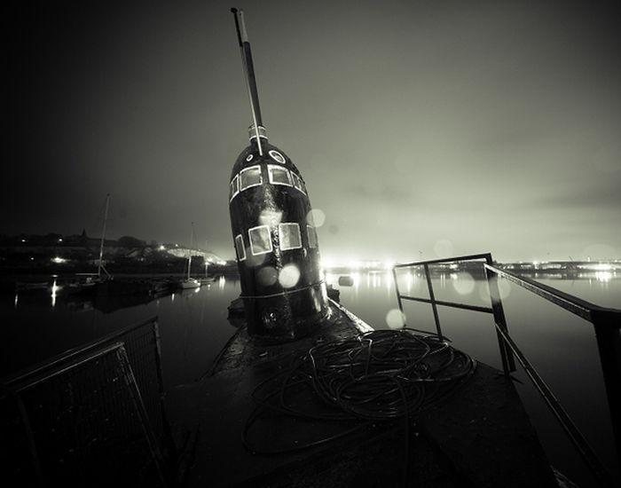 Заброшенная подводная лодка (21 фото)