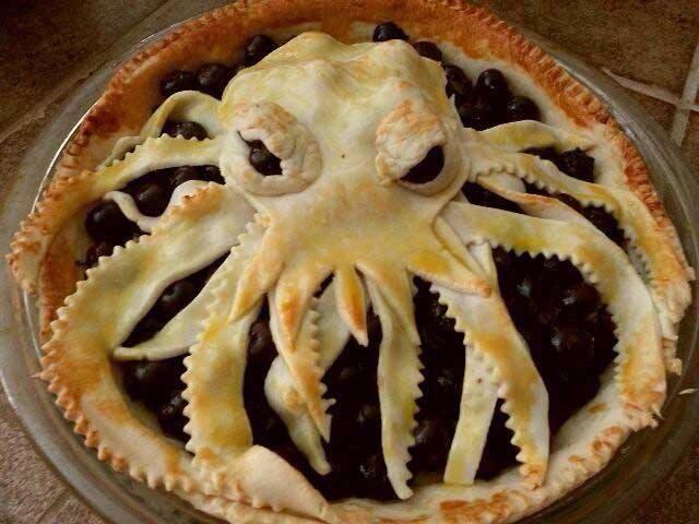 Фото прикол еда, кальмар, пирог, рожа