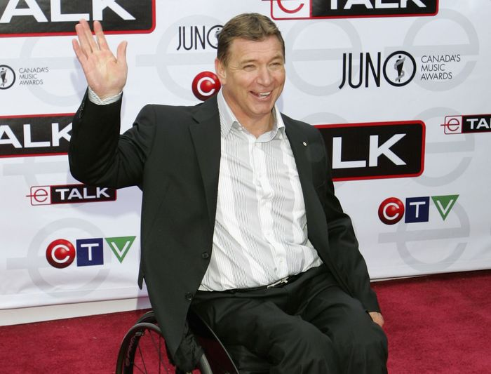 люди, инвалид, коляска,