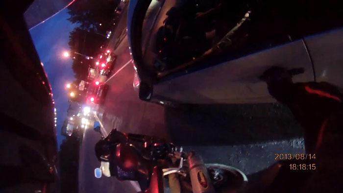 авто, конфликт на дороге, разборки на дороге, мотоциклисты