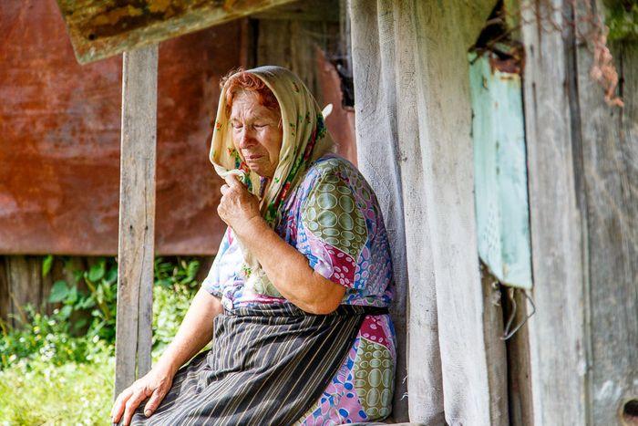 Картинки по запросу женщина из села