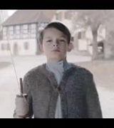 Mercedes назвал рекламу с Гитлером неуместной
