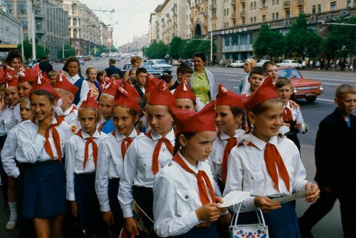 http://ua.fishki.net/picsw/092008/15/sssr/071_sssr.jpg