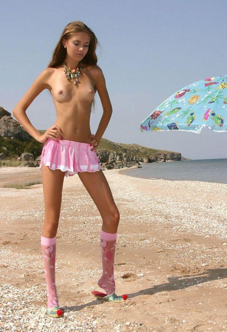 Bbs topless youg girl — photo 11