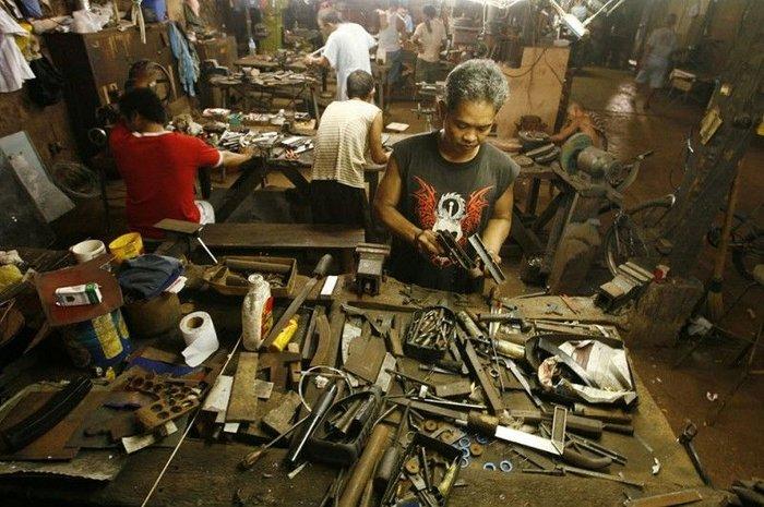 Кустарное производство оружия на Филиппинах (27 фото+текст)