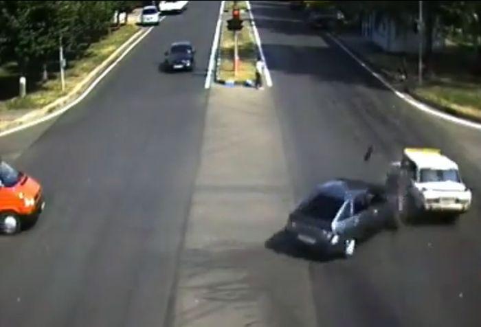 Авария дня часть 28 (фото+видео)