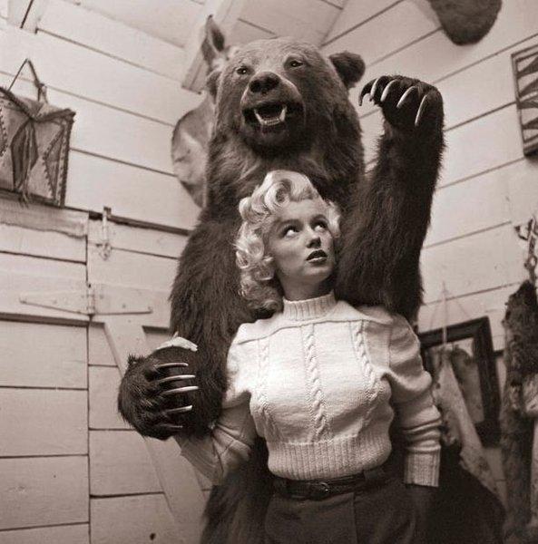 Неопубликованные фотки Мерилин Монро (8 фото)
