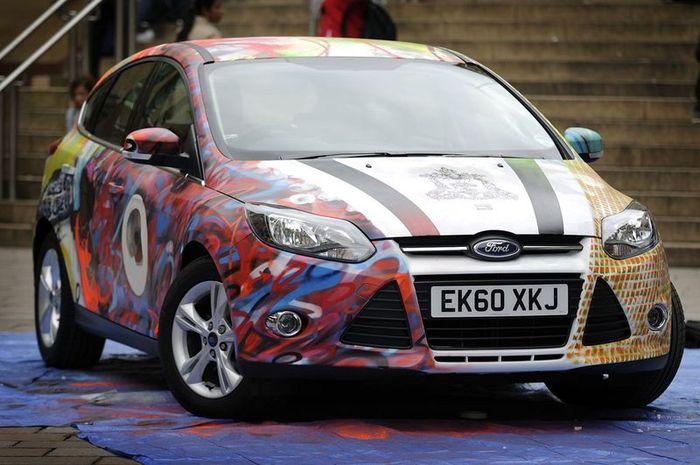Необычный раскрас Ford Focus 3 в Шотландии (5 фото)