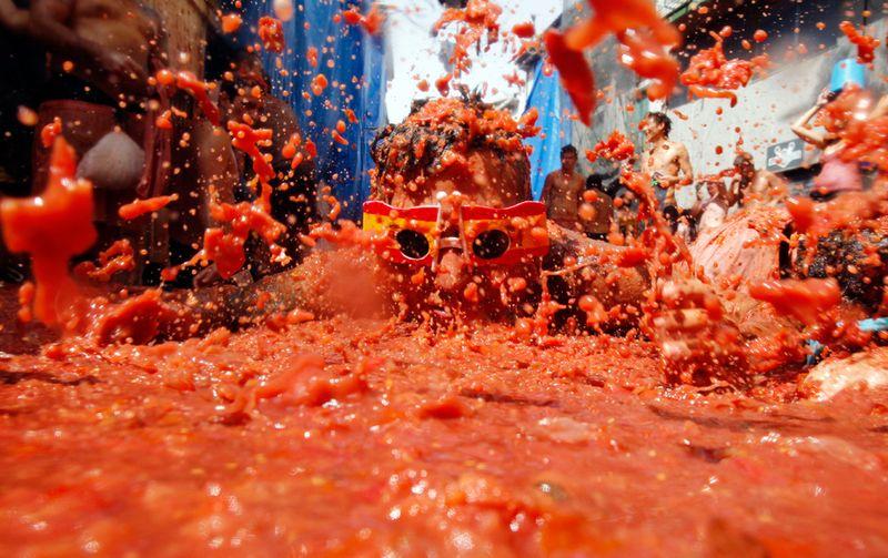 Битва едой: фестиваль Томатина 2011
