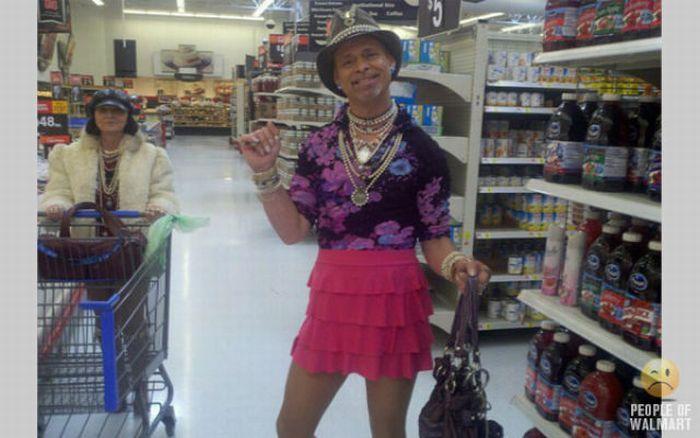 Интересные люди в супермаркетах. Часть 7. (56 фото)