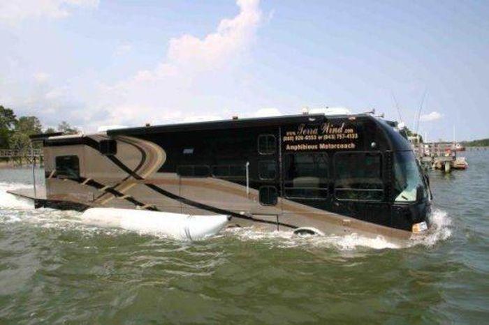 Автобус-амфибия (16 Фото)