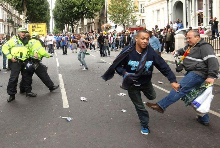 Россиянин помог задержать преступника в Лондоне (2 фото)