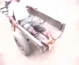 Последствие артобстрела рынка в Абиджане
