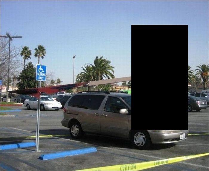 Припарковался в нужное время в нужном месте (2 фото)