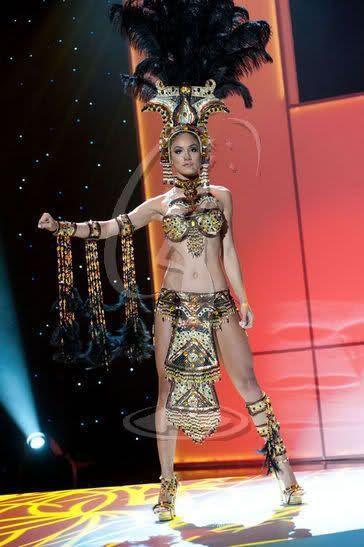 Мисс Вселенная - национальные костюмы (88 фотографий), photo:17